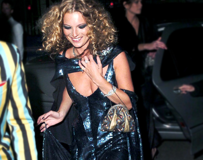 kate-beautiful-damned-party-30th-2004