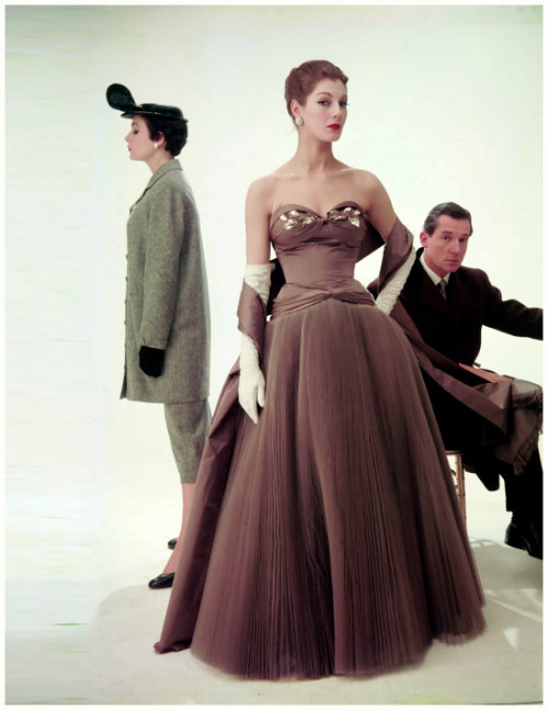 Fiona Campbell-Walter with Julia Clarke and Hardy Amies, photographed by Norman Parkinson, 1953