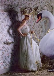 Tim Walker, Swan, 2002