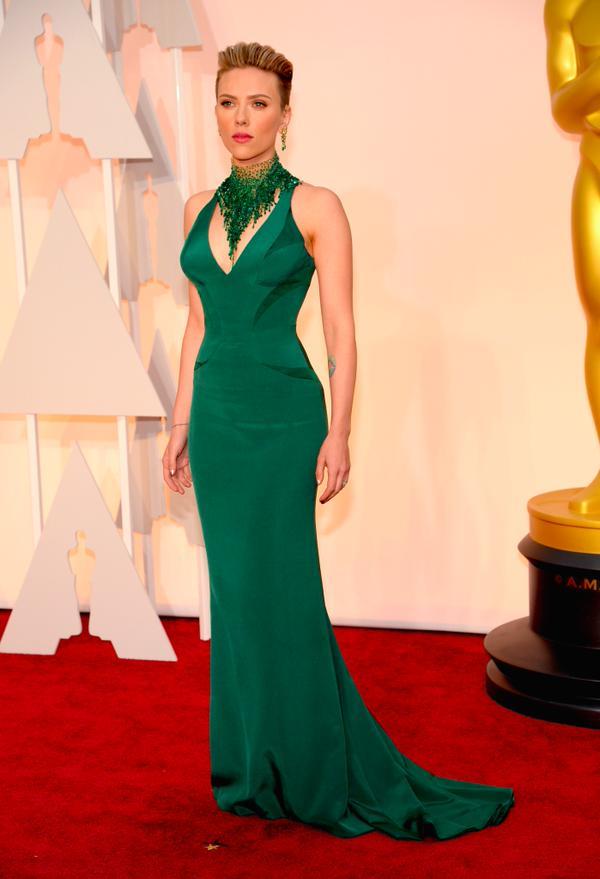 Scarlett Johansson- Atelier Versace